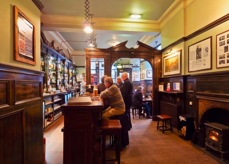 UK, Scotland, Lothian, Edinburgh, Interior view of the Sandy Bell's Folk Bar.