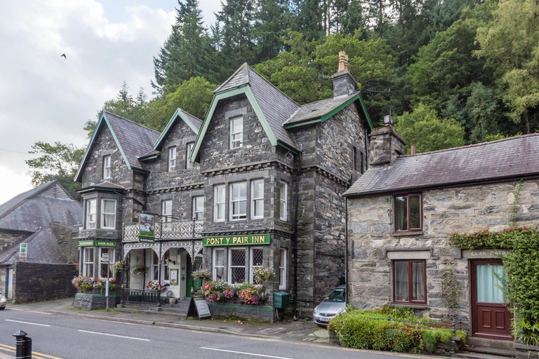 Pont y Pair Pub and Restaurant, Betws-y-Coed, Snowdonia, Wales, UK