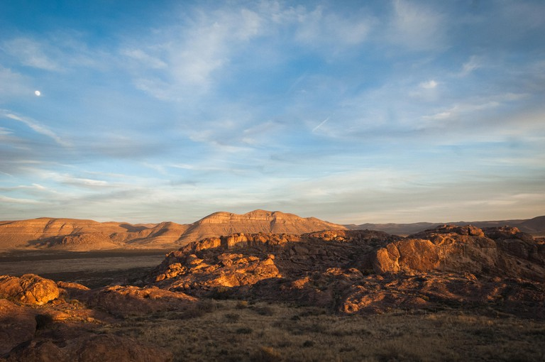 Scenic landscape view at Hueco Tanks State Park in El Paso, Texas during sunset.