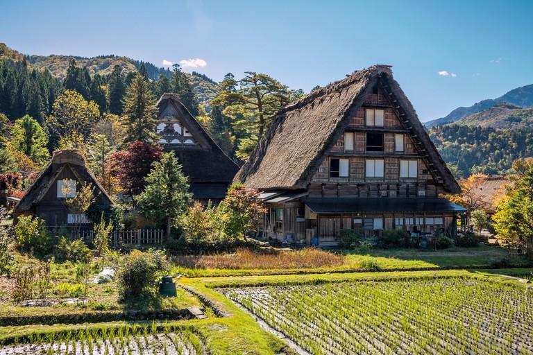 Gassho-zukuri Houses at Shirakawa-go, Gifu Japan_HHNT6H