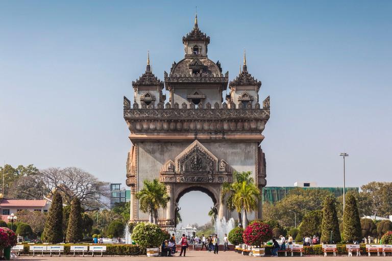 T87E3H Laos, Vientiane, Patuxai, Victory Monument