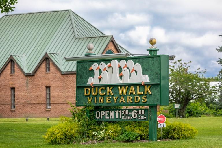 Duck Walk Vineyards road side sign