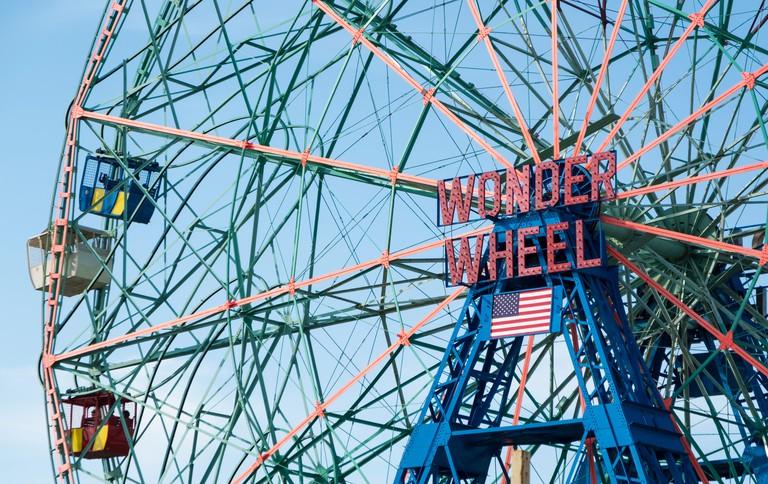 Wonder Wheel ferris wheel at Luna Park fairground and amusement park in Coney Island, New York.