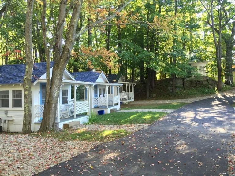 2 River Road Inn & Cottages_cca5ec80