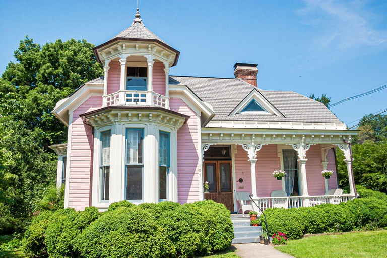 Virginia Salem Union Street Queen Anne house home, houses homes 1888, American Americans,