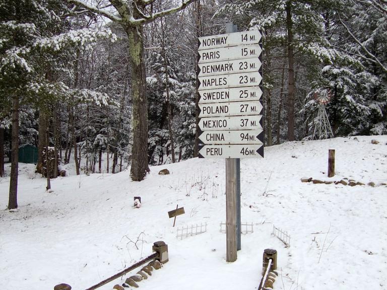 International Sign, Maine.