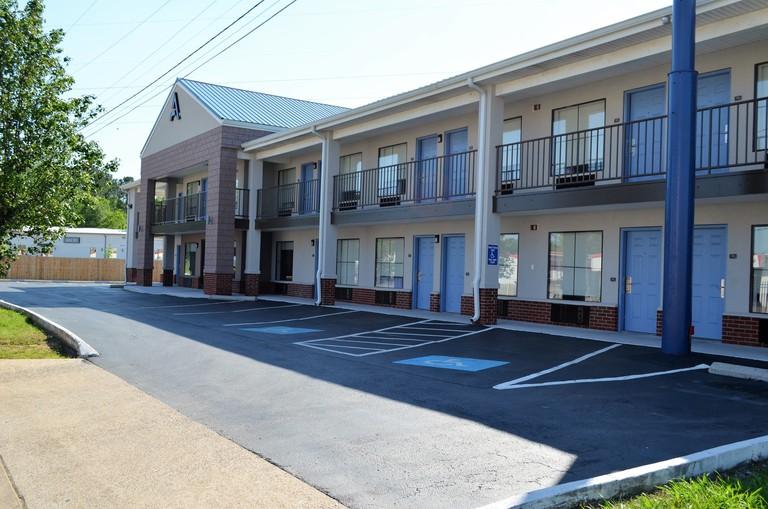Athena Inn