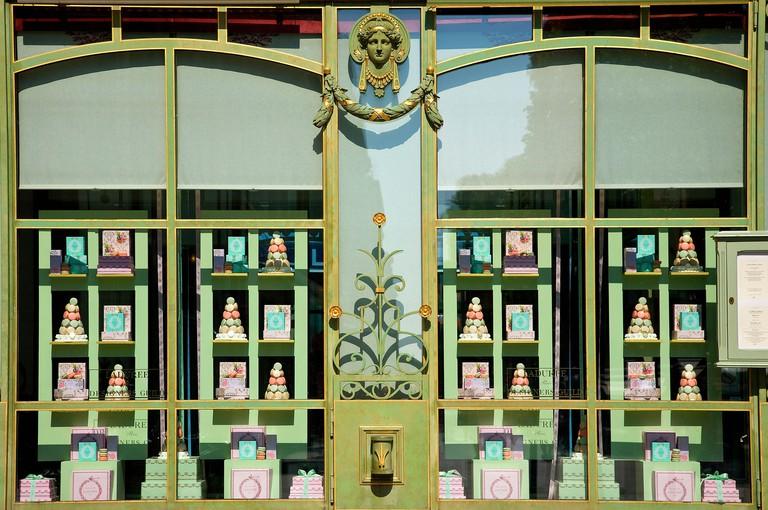 France, Paris, Avenue des Champs Elysees, Laduree pastry shop