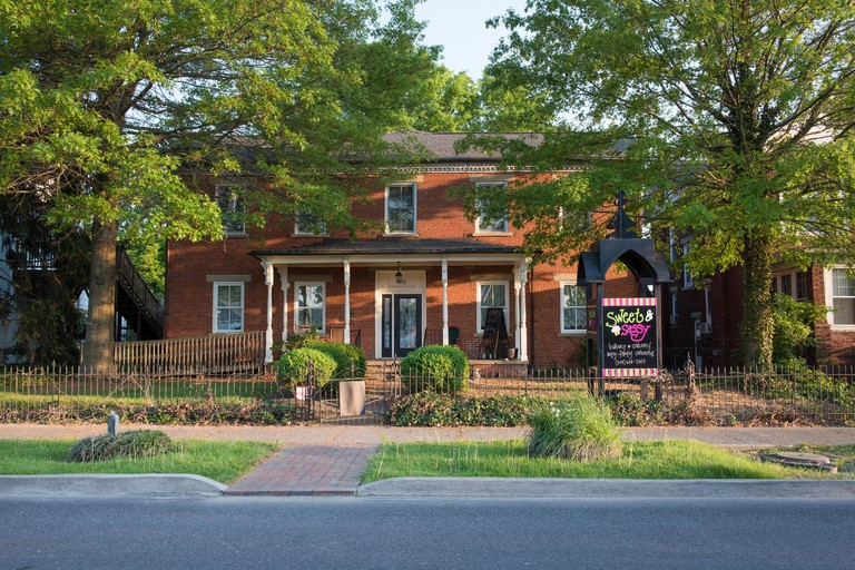 The 1852 Miller House in Barboursville_2A3TJ27