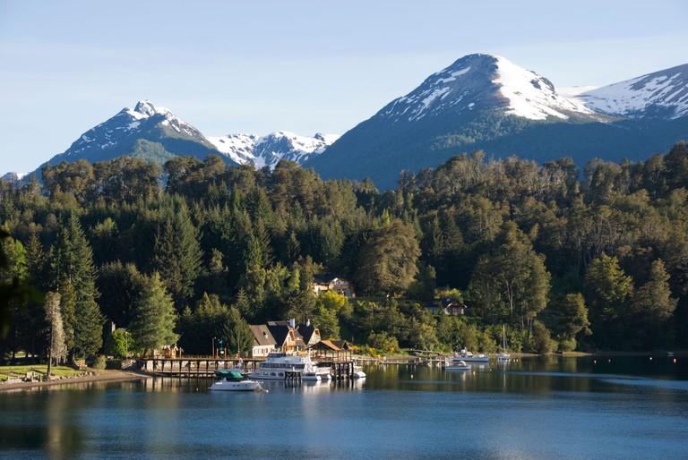 Elk199-1150 Argentina, Villa La Angostura, Lago Nahuel Huapi, lakeside landscape with hotels