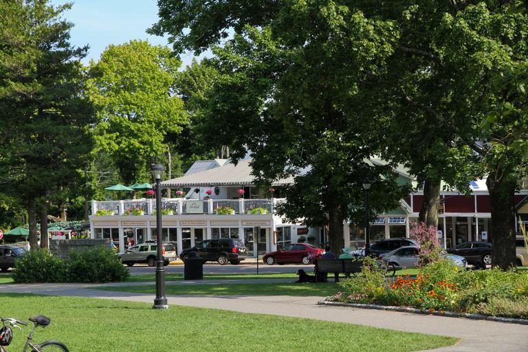 Bar Harbor Restaurant at Village Green Park