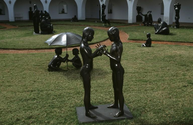 Uruguay, Punta del Este, Ralli Museum, sculptures in garden