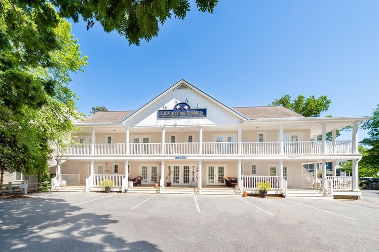 Canalside Inn_1125504b