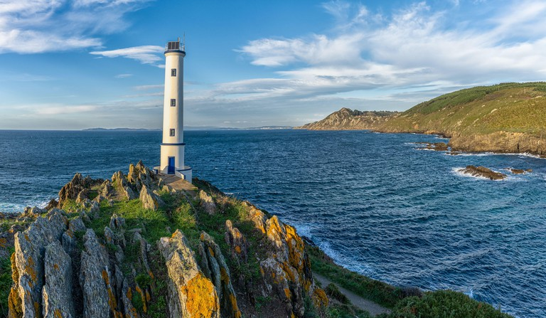 the Cabo Home Lighthouse in the Rias Baixas region of Galicia - 2DH7M9H