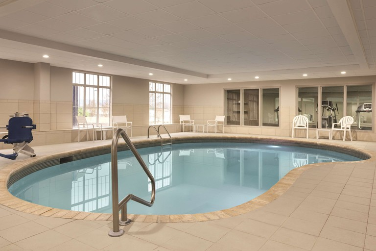 Country Inn & Suites by Radisson, Chattanooga