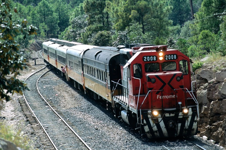 Mexico, Chihuahua State, Divisadero, arrival of El Chepe Train, the last passenger train of Mexico