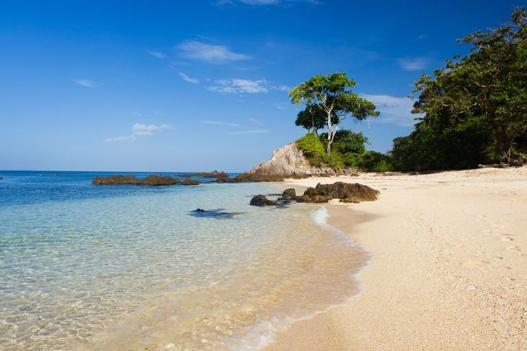 Sandy beach, Golden Pearl Beach, Ko Jum or Koh Pu island, Krabi, Thailand, Southeast Asia