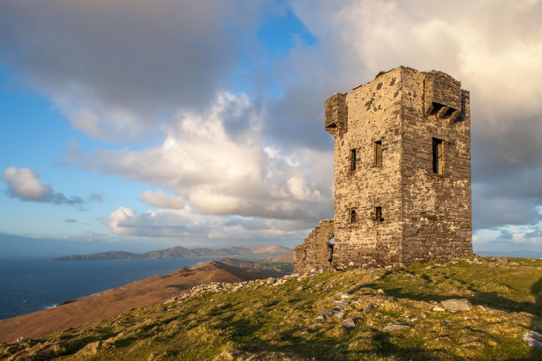 The Signal Tower on Dursey Island, Co. Cork_T0F1FM