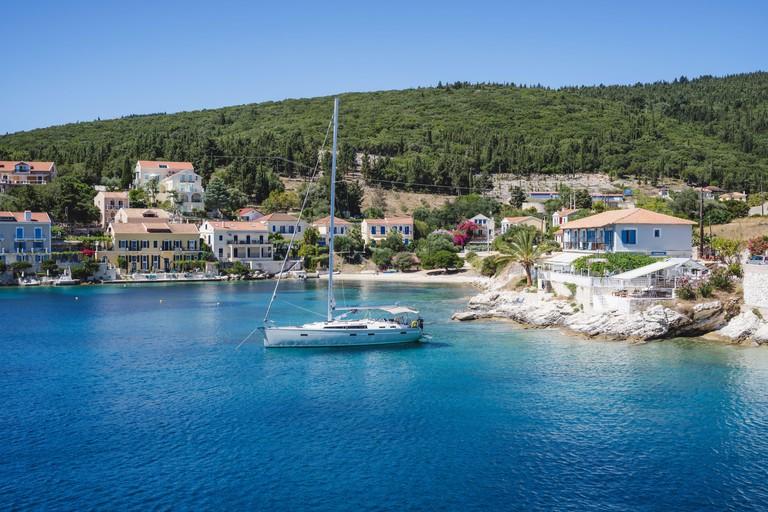 2FNM4TC Sailing boats anchored at Fiskardo village in Kefalonia island, Greece