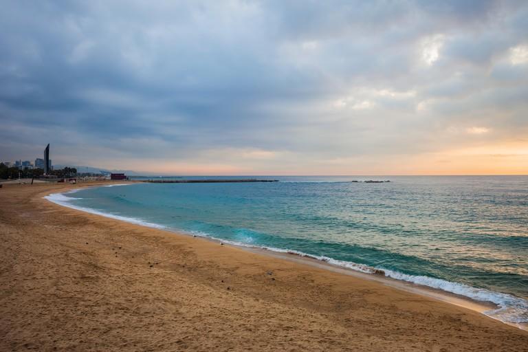 Spain, Catalonia, Barcelona, Nova Icaria Beach in the morning