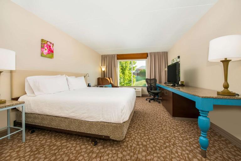 Hilton Garden Inn Charlottesville_26503865
