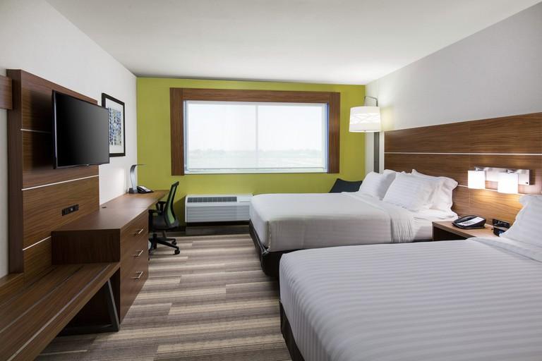 Holiday Inn Express Visalia_6fd47078