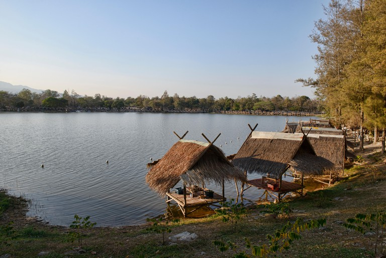Picturesque lakeside escape at Huay Tung Tao, Chiang Mai, Thailand