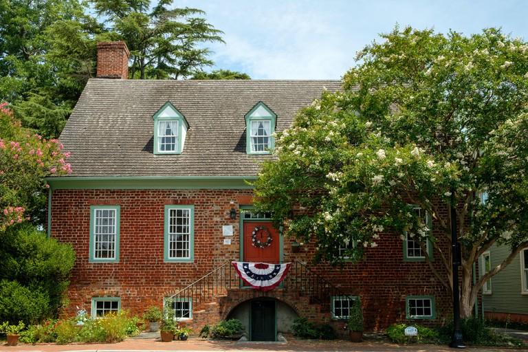 Wentworth-Barrett House, 117 South Church Street, Smithfield, Virginia