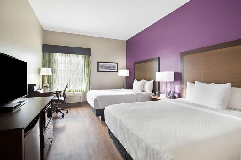La Quinta Inn & Suites_deee5536