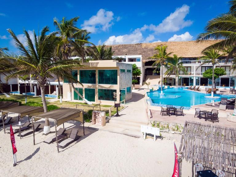 Le Reve by MIJ - Beachfront Hotel_8ec7ddc1
