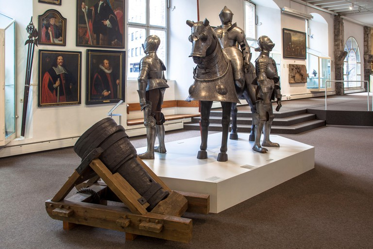 Germany, Cologne, Cologne City Museum, it provides an insight into the history of the city of Cologne, knight's armor in the section Middle Ages.De