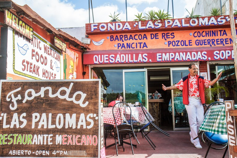 "Mexico, Mexican, Yucatan Peninsula, Quintana Roo, Cancun, Avenida Yaxchilan, ""Fonda Las Palomas"", restaurant restaurants food dine dining eating out c"