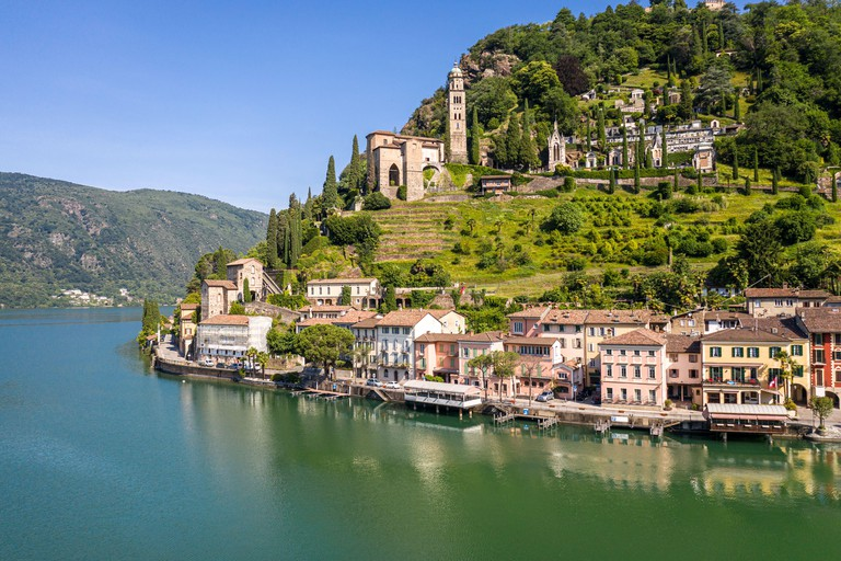Stunning view of the Morcote traditional village by lake Lugano in Canton Ticino in Switzerland 2F60JCT