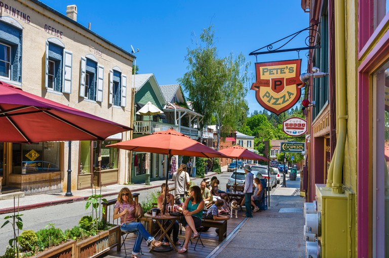 Sidewalk cafe on Commercial Street in the old gold mining town of Nevada City, Northern Gold Country, California, USA