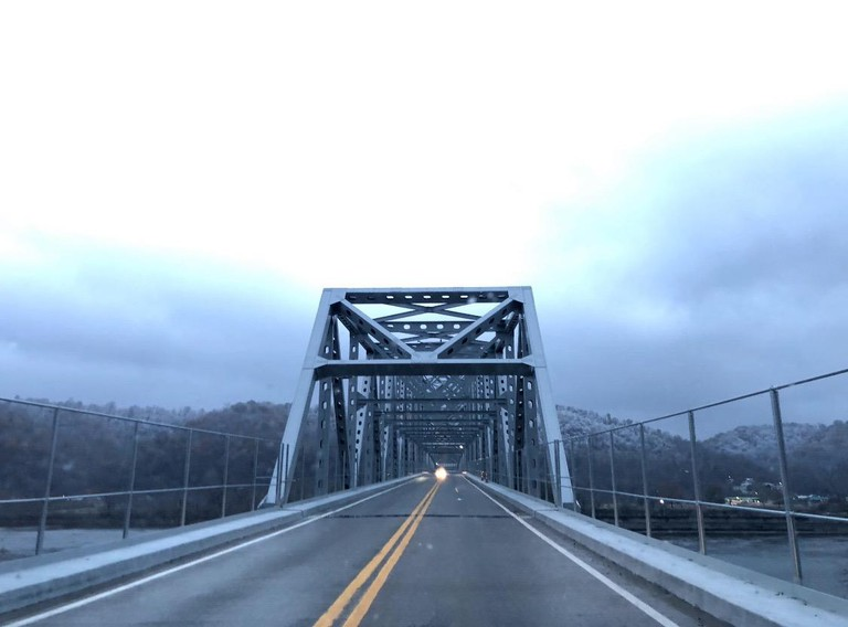 Bridge that connects New Martinsville, West Virginia and Ohio S37TM2