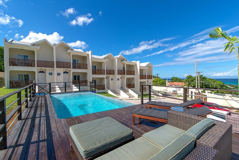 Nianna Coral Bay Luxurious Townhouse