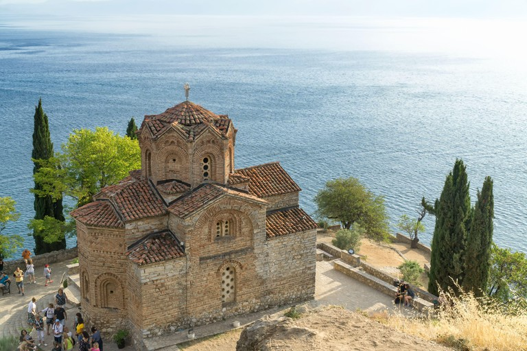 Top view of the Saint John the Theologian, Kaneo church with Ohrid Lake in the background, OHRID, NORTH MACEDONIA, Europe. - 2AK14M5