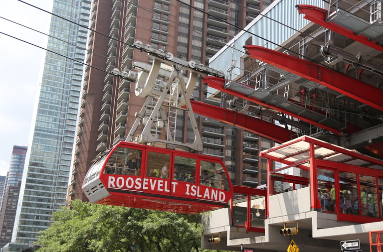 The famous Roosevelt Island Tramway that spans the East River and connects Roosevelt Island to the Upper East Side of Manhattan