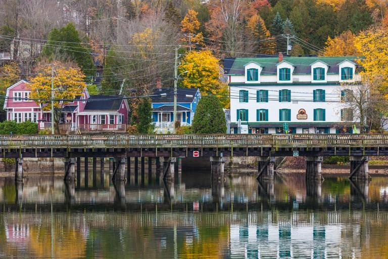Canada, Quebec, Estrie Region, North Hatley, village view, autumn