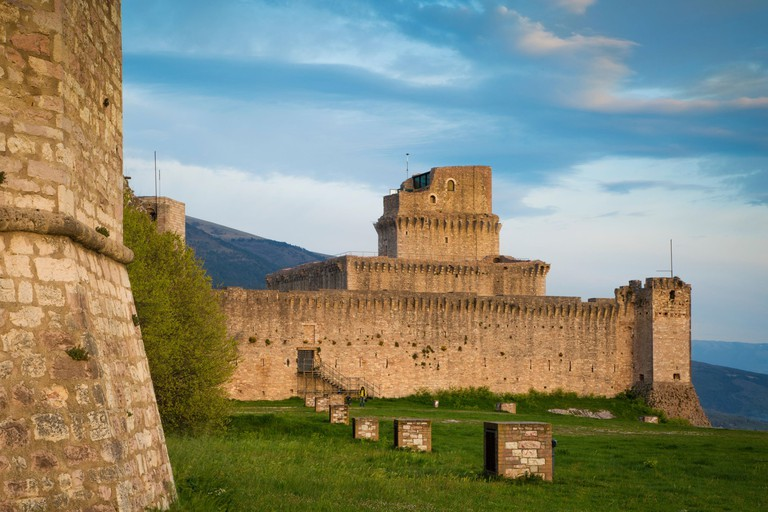 Rocca Maggiore - the imperial fortress dating from 12th century, high above Assisi, Umbria_EMXYD5