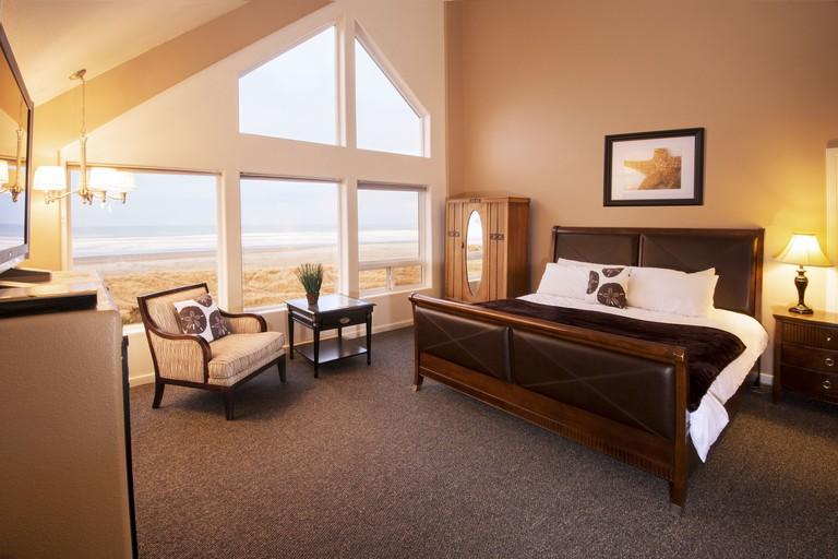 Seaside Oceanfront Inn