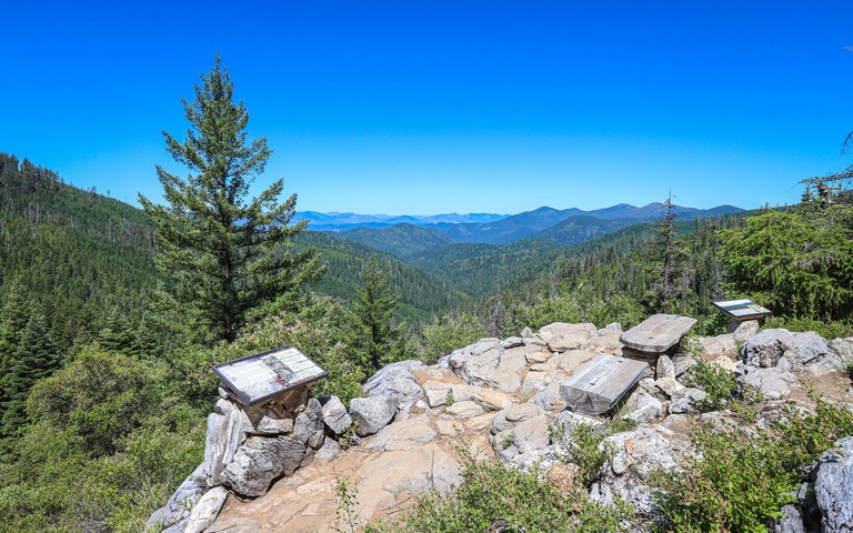CAVE JUNCTION, OREGON, UNITED STATES - Sep 30, 2019: A vista point overlooking Siskiyou National Forest along the Cliff Nature Trail at Oregon Caves N