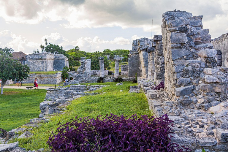 Ruins in the grounds of the Mayan sites of Tulum, Quintana Roo, Yucatan Peninsula, Mexico