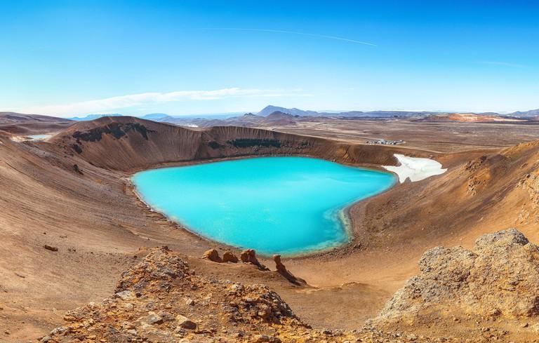 Splendid view of famous crater Viti at Krafla geothermal area_2C7TX5J