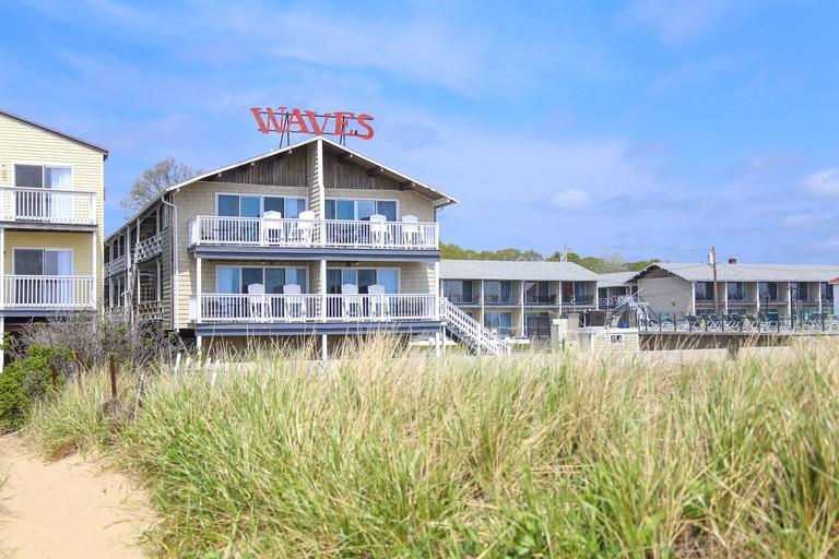 Waves Oceanfront Resort