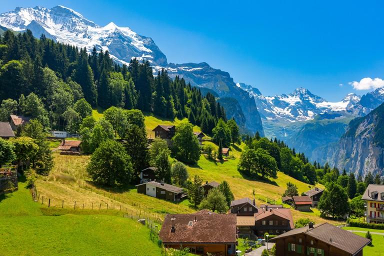 Mountain village Wengen, Switzerland W6HJR6