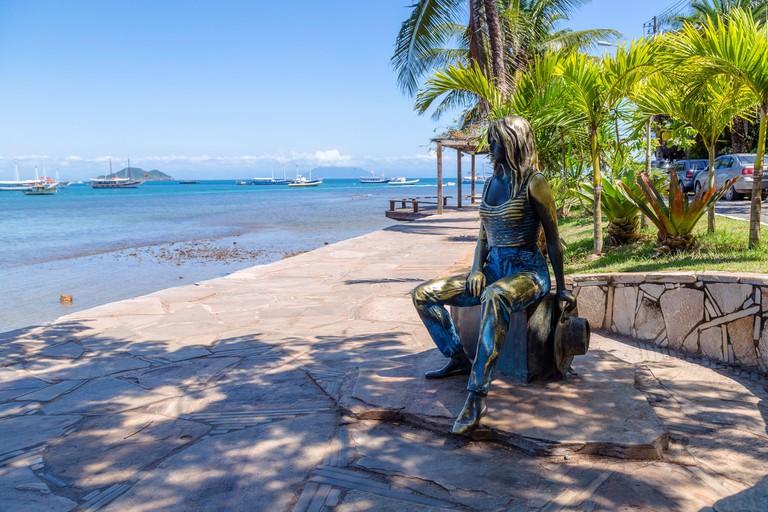 The statue of Brigitte Bardot placed the Buzios coastal promenade called Orla Bardot. BUZIOS, STATE OF RIO DE JANEIRO, BRAZIL