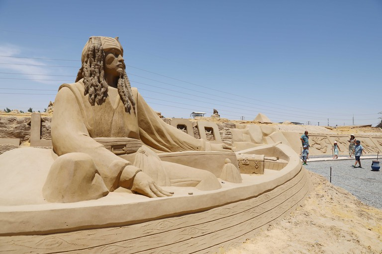 Hurghada, Egypt. 4th July, 2021. A sand sculpture is seen at the Sand City in Hurghada, Red Sea province, Egypt, on July 4, 2021. Credit: Ahmed Gomaa/Xinhua/Alamy Live News