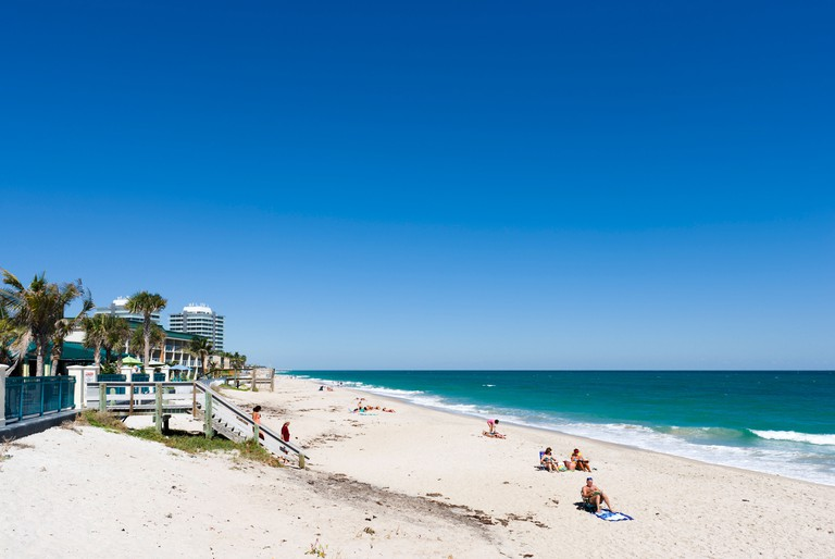 Beach near the town centre, Vero Beach, Treasure Coast, Florida, USA