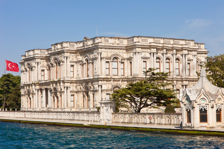 Turkey, Istanbul district of Beylerbeyi, the Palace of Beylerbeyi neoclassical style built in 1865 for Sultan Abdul Aziz on the